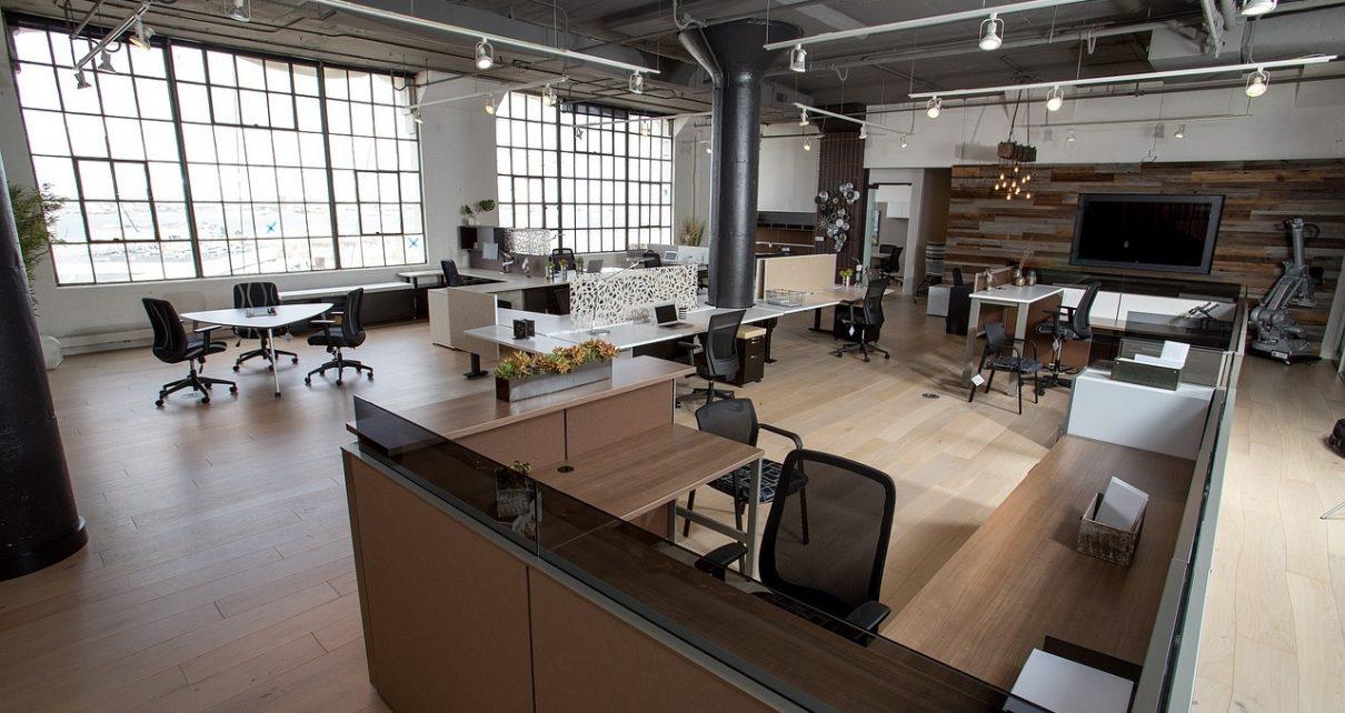 Zaplanuj urządzenie biura od podstaw