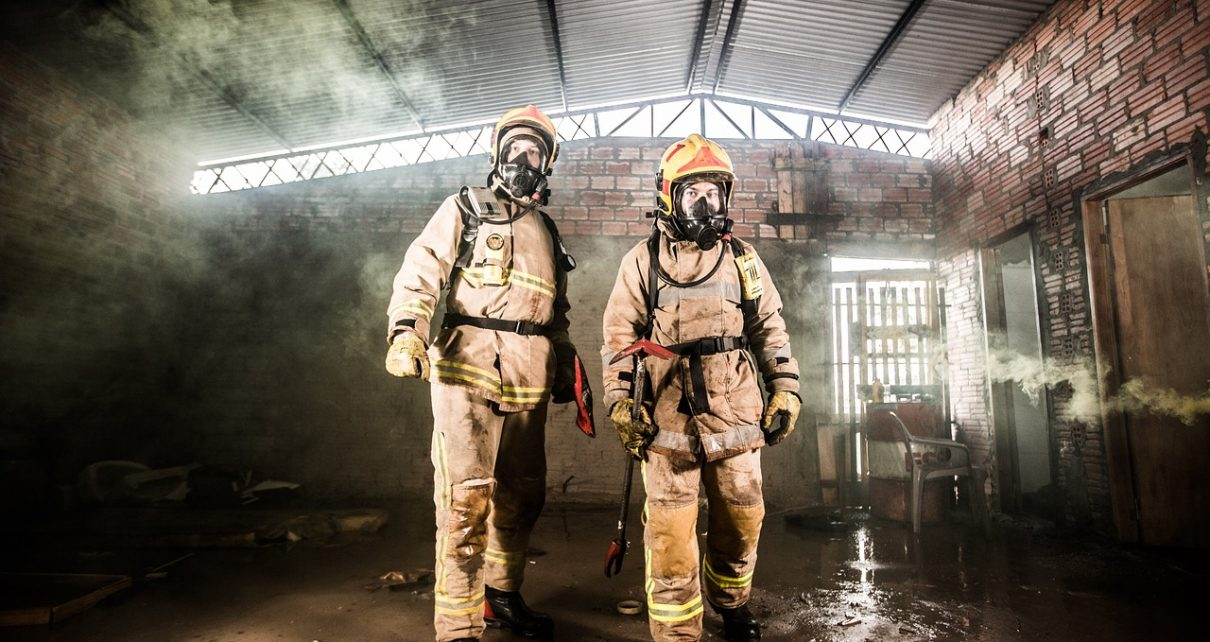 Dym i związany z tym pożar: ogromne zagrożenie