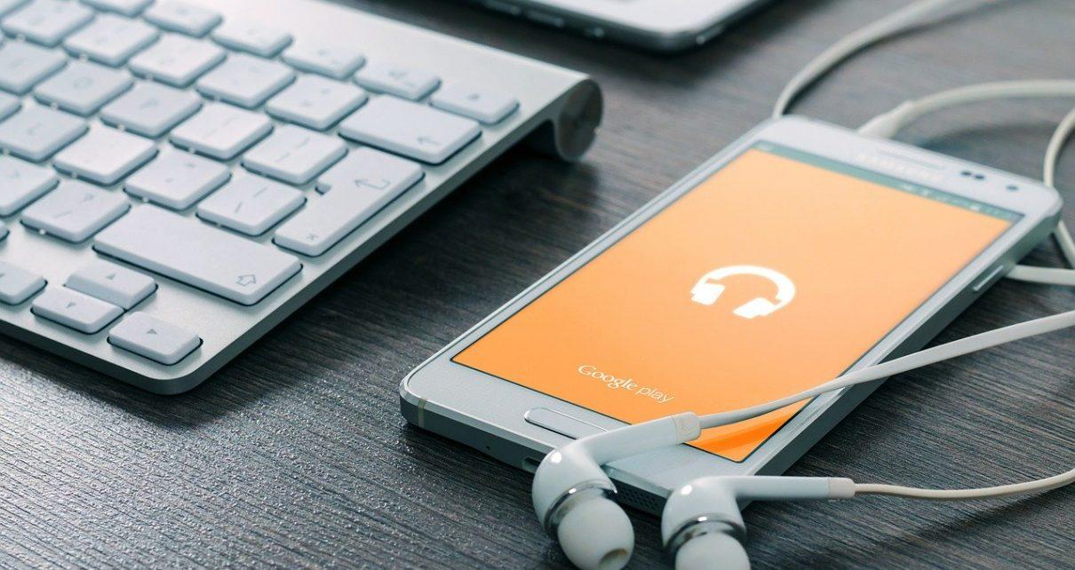 Na co zwrócić uwagę kupując pokrowiec na telefon?